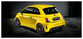 Abarth 695 Biposto Record visione laterale